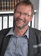 Prof Rosenau