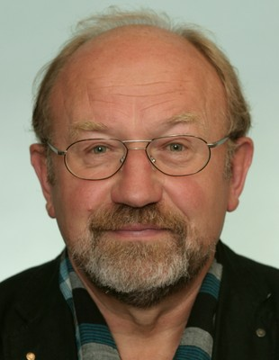 Dr. Helmut Edelmann