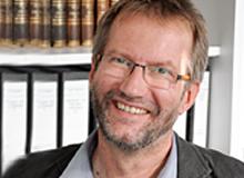 Prof.-Dr.-phil.-Hartmut-Rosenau.jpg