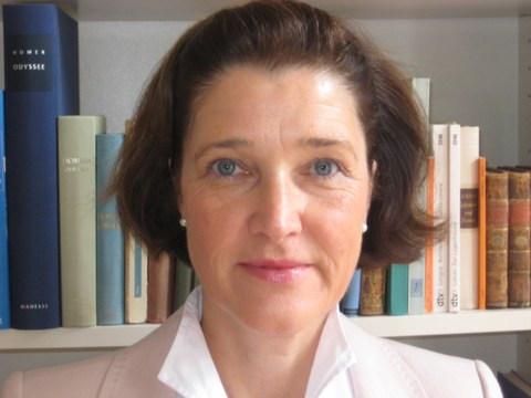 Prof.-Dr.-theol.-Christiane Zimmermann.jpg
